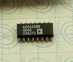 ADG452BR LC2MOS 5 Ohm RON SPST Switches